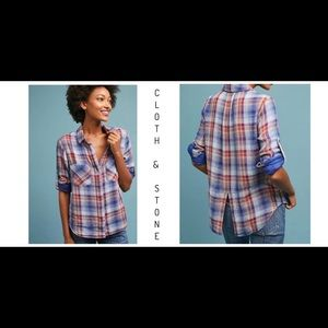 Cloth And Stone Split Back Button Down Shirt Sz M